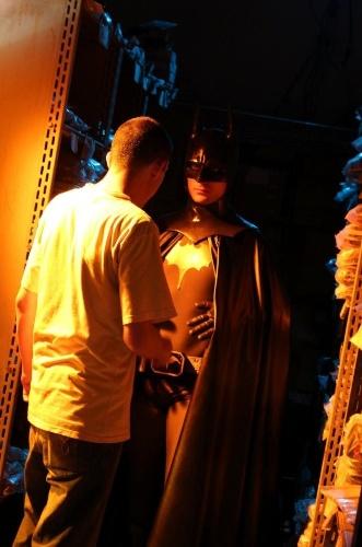 """Batman em cena de """"Um Conto De Batman: Na Psicose Do Ventríloquo"""""""
