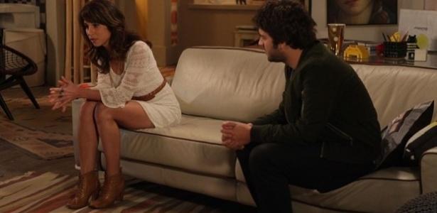"""Manuela (Chandelly Braz) e Davi (Humberto Carrão) conversam em """"Geração Brasil"""""""
