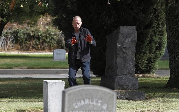 "Thomas McAllister (Xander Berkeley) na série ""The Mentalist"""