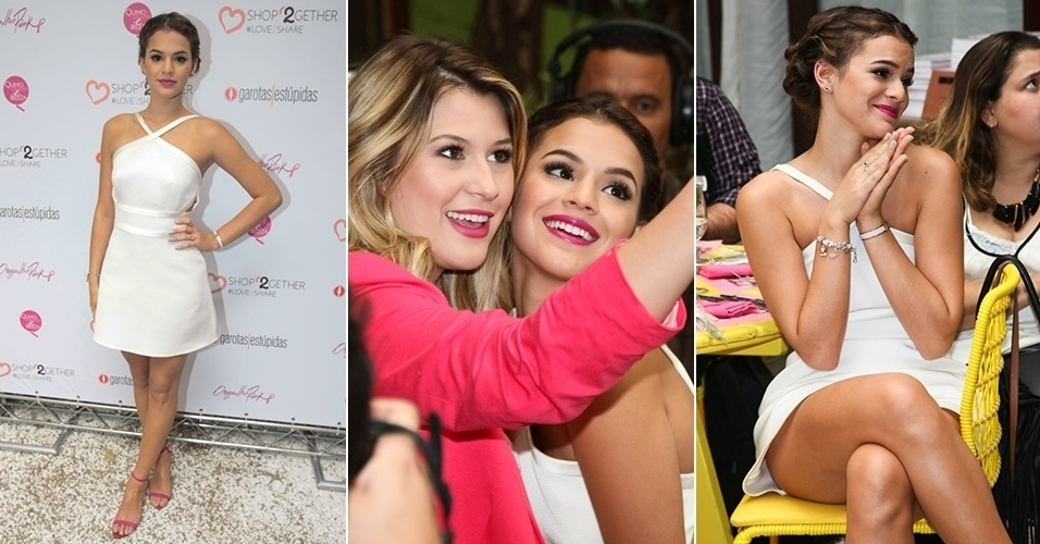 17.set.2014 - Bruna Marquezine participa de evento em São Paulo e posa com fãs
