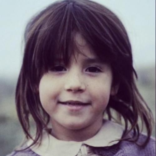 """No dia do seu aniversário, em 6 de agosto, Soleil publicou uma foto sua criança, da época em que fazia Punky, no Instagram: """"Infância, parece que foi ontem"""", escreveu"""