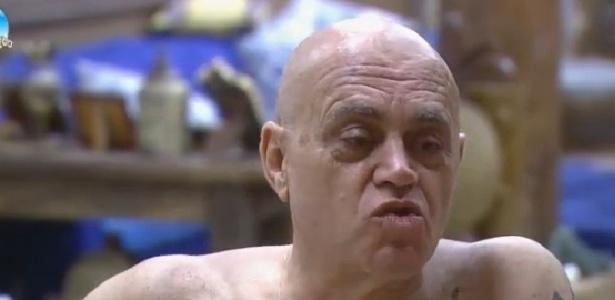 Oscar Maroni diz que foi agarrado por Felipeh Campos