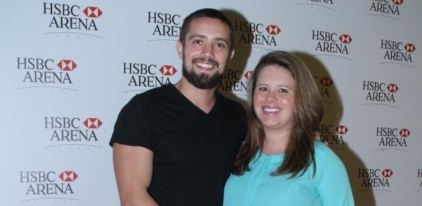 O ator Rafael Cardoso e sua mulher, Mariana Bridi