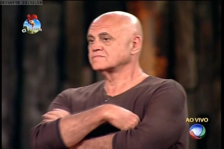 18.set.2014 - Oscar Maroni escolhe Roy Rosseló para não ser o fazendeiro