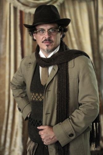"""2011 - Em """"Cordel Encantado"""", Guilherme deu vida ao biólogo Zenóbio"""