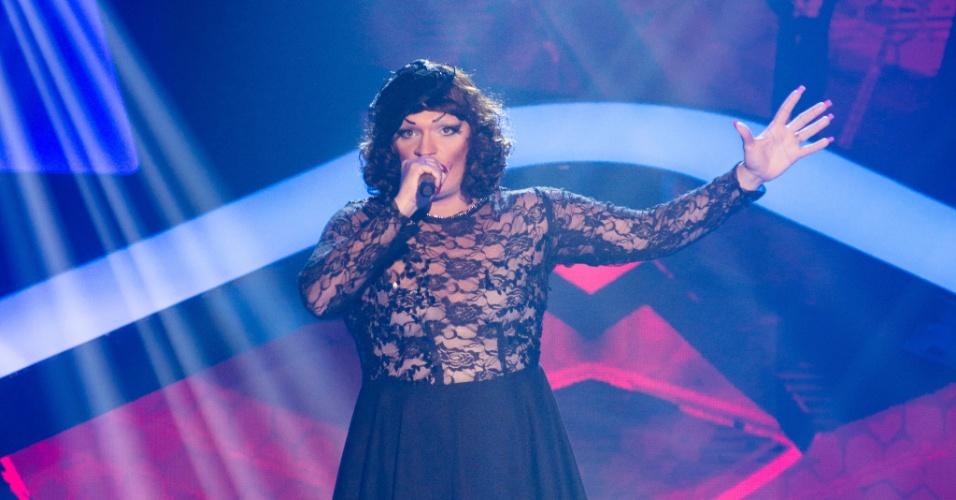 Deena Love é de São Paulo e surpreendeu os jurados e o público com sua voz potente