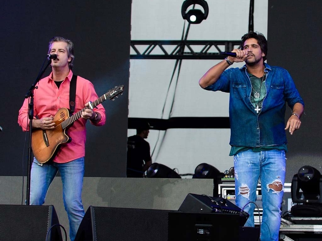 Victor e Leo cantaram sucessos e novas canções na segunda edição do Villa Mix Festival