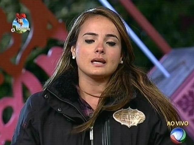 """22.set.2014 - MC Bruninha indica Diego Cristo para a roça na primeira votação de """"A Fazenda 7"""""""