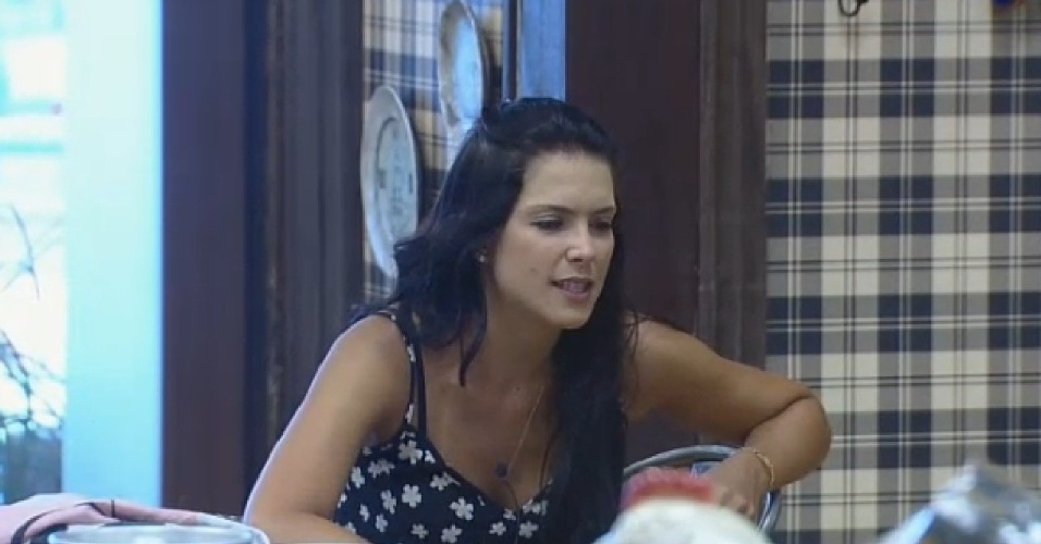 23.set.2014 - Débora Lyra fala sobre o comportamento de Diego Cruz em