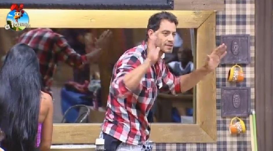"""Diego discute com DH em """"A Fazenda 7"""""""