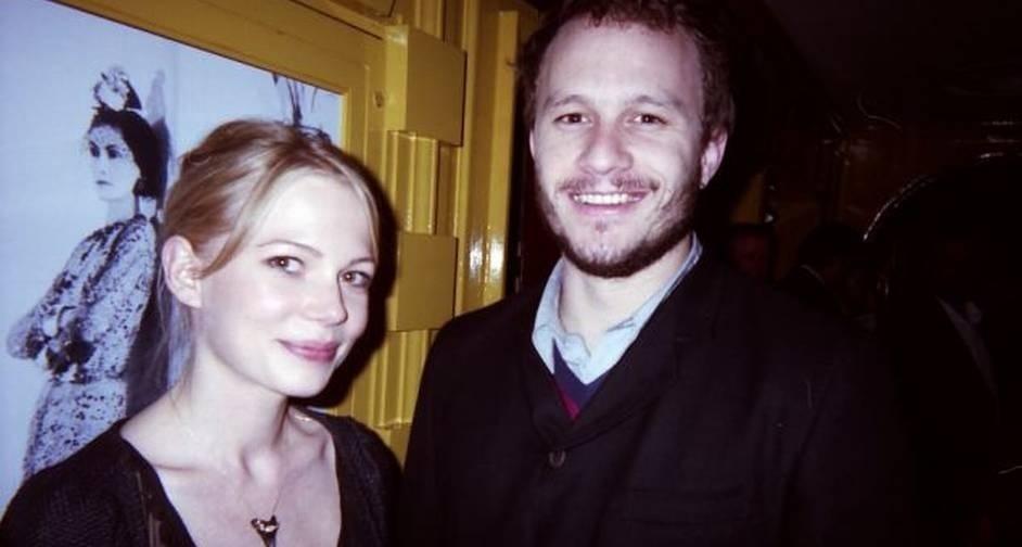 O ator Heath Ledger, morto em 2011, com a namorada na epóca, a atriz Michelle Williams