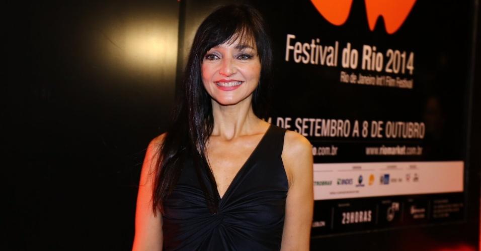 24.set.2014 - A atriz portuguesa Maria de Medeiros posa para fotos na abertura do Festival do Rio 2014. O evento vai até o dia 8 de outubro, com mais de 300 filmes na programação