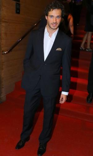 24.set.2014 - O ator português Paulo Rocha posa para fotos na abertura do Festival do Rio 2014. O evento vai até o dia 8 de outubro, com mais de 300 filmes na programação