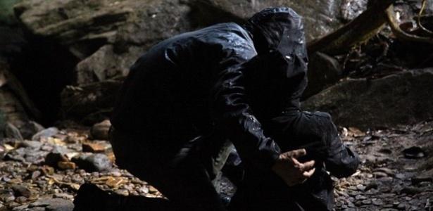 """Em """"Império"""", Maria Marta é salva por filho de Sebastião Ferreira em caverna"""