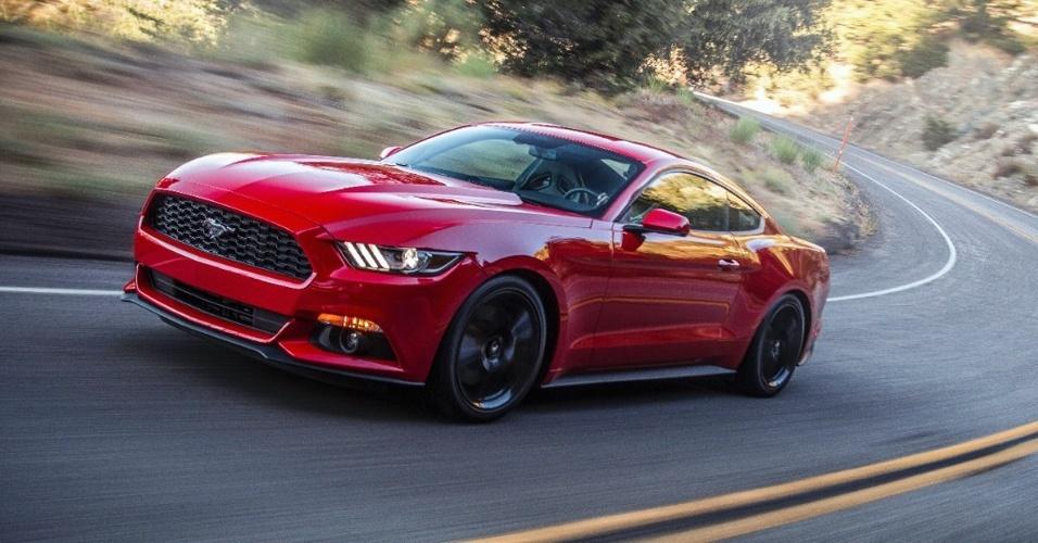 Análise Novo Ford Mustang Só Faz Sentido Com Motorzão V8 E Atitude Ianque 26 09 2014 Uol Carros