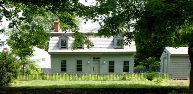 """Casa teve telhado modificado e ganhou jardim """"selvagem"""" em área rural próxima a NY - Jane Beiles/ The New York Times"""