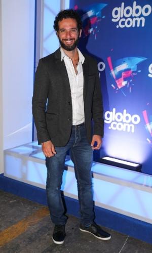 24.set.2014 - O ator Mouhamed Harfouch marca presença na festa das Organizações Globo, em um estúdio da filial paulista da emissora, no Brooklin Novo, na zona sul de São Paulo, nesta quarta-feira
