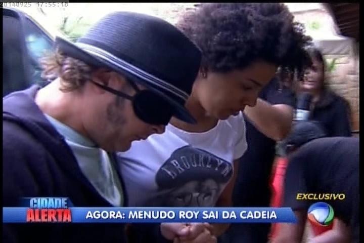 """25.09.2014 - Roy sai da cadeia e volta para """"A Fazenda 7"""""""