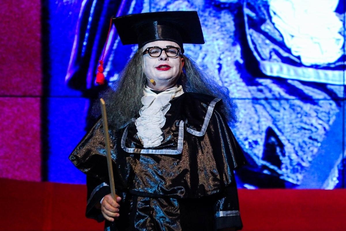 24.set.2014 - Marcelo Tas volta a interpretar Professor Tibúrcio, do