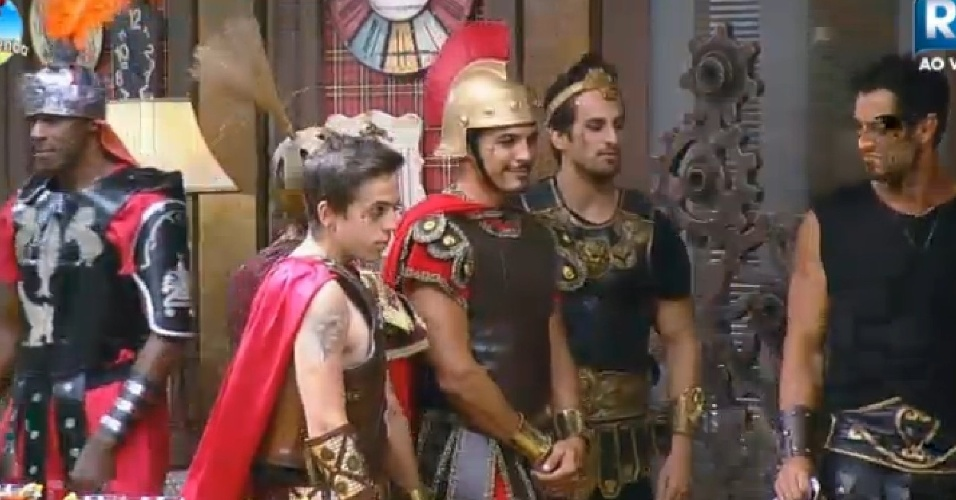 26. Set. 2014 - DH, Marlos e Léo Rodriguez vestidos para a festa de