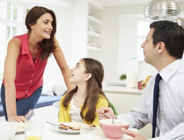 As escolas de pais promovem debates de temas comuns do ambiente familiar - Getty Images