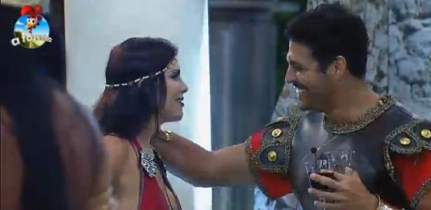 """Marlos Cruz e Débora Lyra em """"A Fazenda 7"""""""