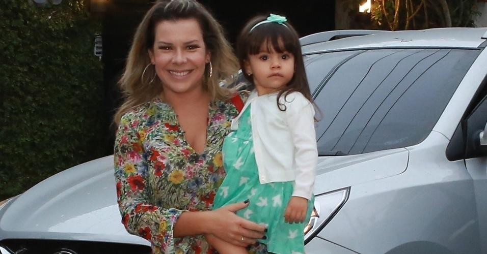 27.set.2014 - Fernanda Souza no aniversário de Eva