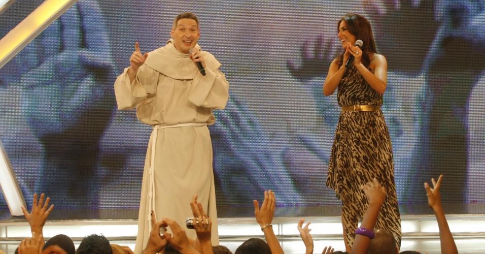 Dez.2008 - Padre Marcelo Rossi participa do especial de Natal da Rede Globo