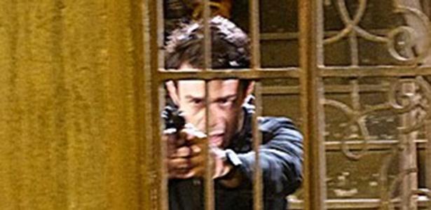 Fernando tenta matar Vicente