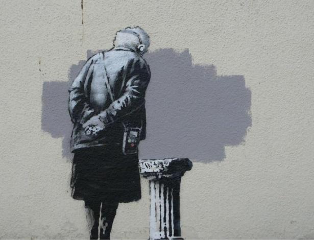 """Trabalho do artista britânico Banksy, denominado """"Art Buff"""", apareceu no muro de um edifício da cidade de Folkestone, no condado de Kent (sudeste da Inglaterra) - Reprodução"""