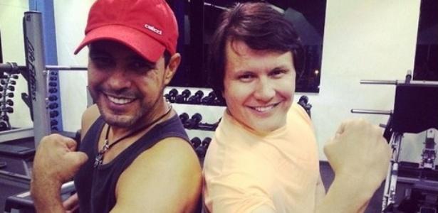 Giovanni publica foto malhando na academia com Zezé di Camargo, na madrugada de 30 de setembro de 2014, após Gian sofrer AVC