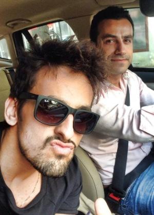 Leo Rodriguez e Francisco Tribulato em foto postada pelo cantor no Facebook