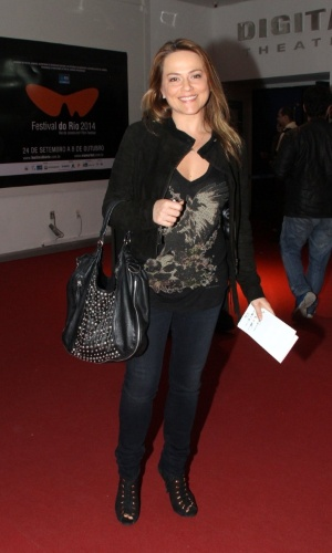 2.out.2014 - Vivianne Pasmanter chega para a pré-estreia do filme