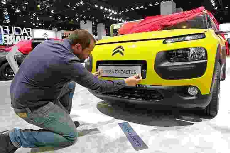 Citroën C4 Cactus no Salão de Paris 2014 - Jacky Naegelen/Reuters