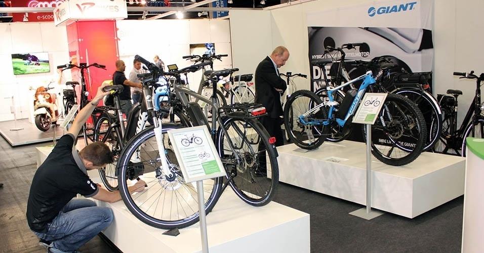 Motos, bikes e patinetes elétricos