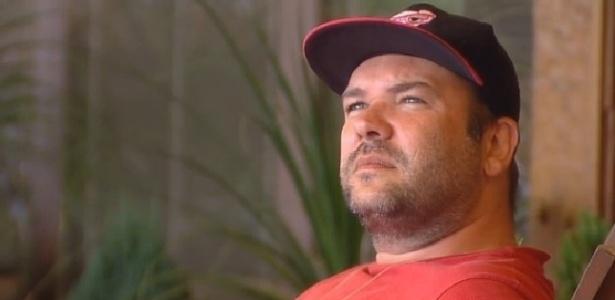 Noiva de Neném acredita que Felipeh Campos não foi sincero ao pedir desculpas