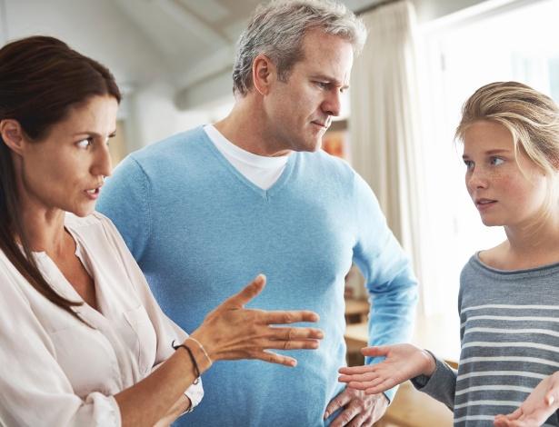 Os confrontos com a família são parte do processo de autoafirmação do jovem - Getty Images