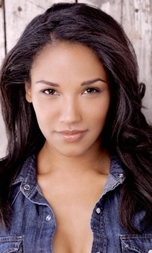 "Candice Patton dá vida a Iris West em ""The Flash"""