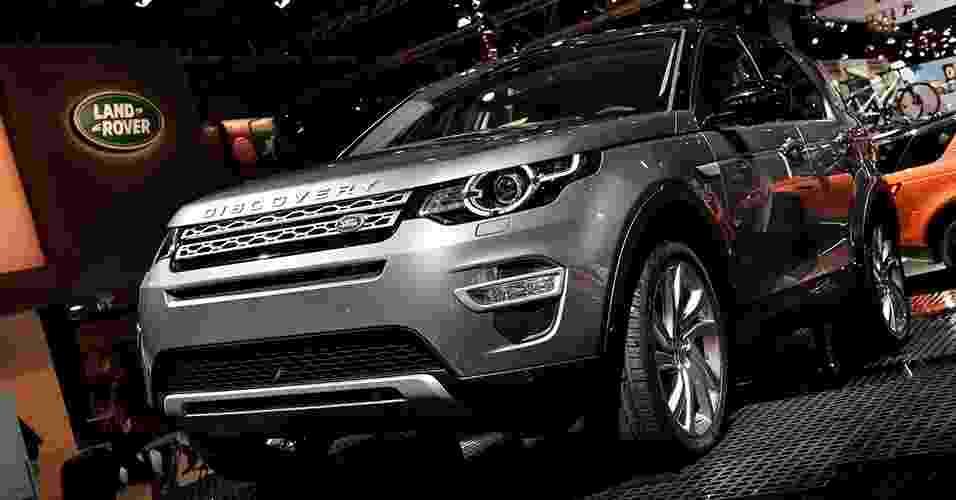 Discovery Sport se exibe em Paris - Newspress