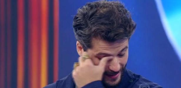 Bruno Gagliasso se emociona e diz quase ter perdido o serial killer em série policial
