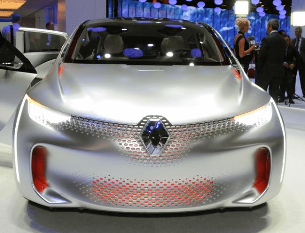 """Renault EOLab Concept ousou com """"pedras"""" de LED espalhados pela dianteira e prometia fazer 50 km/l; qual será a aposta das marcas locais desta vez? - Murilo Góes/UOL"""