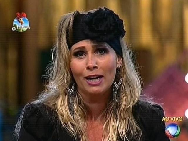 """6.out.2014 - Andréia Sorvetão indica Felipeh Campos para a terceira roça de """"A Fazenda 7"""""""
