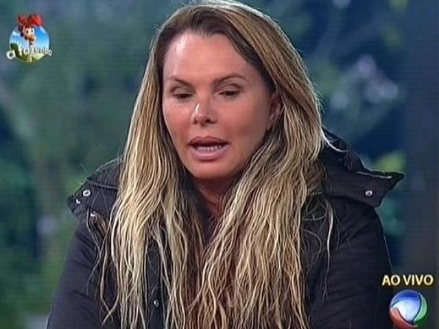 """6.out.2014 - Cristina Mortágua faz reflexão sobre mudanças em seu comportamento e indica Felipeh Campos para a roça em """"A Fazenda 7"""""""