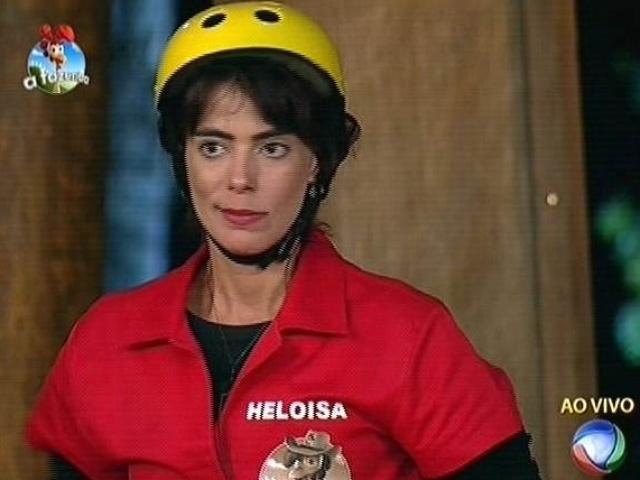 7.out.2014 - Heloisa Faissol se prepara para disputar a prova do fazendeiro contra Felipeh Campos e Diego Cristo em