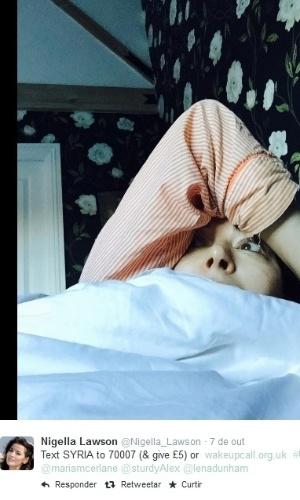 """Nigella Lawson também participa de ação na internet """"Wake Up Call"""", que visa arrecadar fundos para ajudar mais de 6,5 milhões de crianças refugiadas da Síria. Vários famosos já aderiram a nova campanha"""