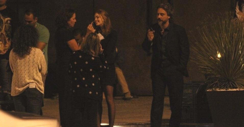 8.out.2014 - Alexandre Nero e Marina Ruy Barbosa fazem cenas de