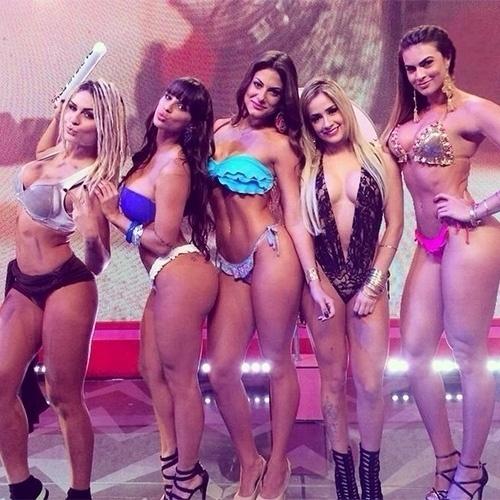 "As panicats do ""Pânico na Band"" Fernanda Lacerda - a Mendigata, Carol Dias, Mari Gonzalez, Babi Muniz e Renata Molinaro"
