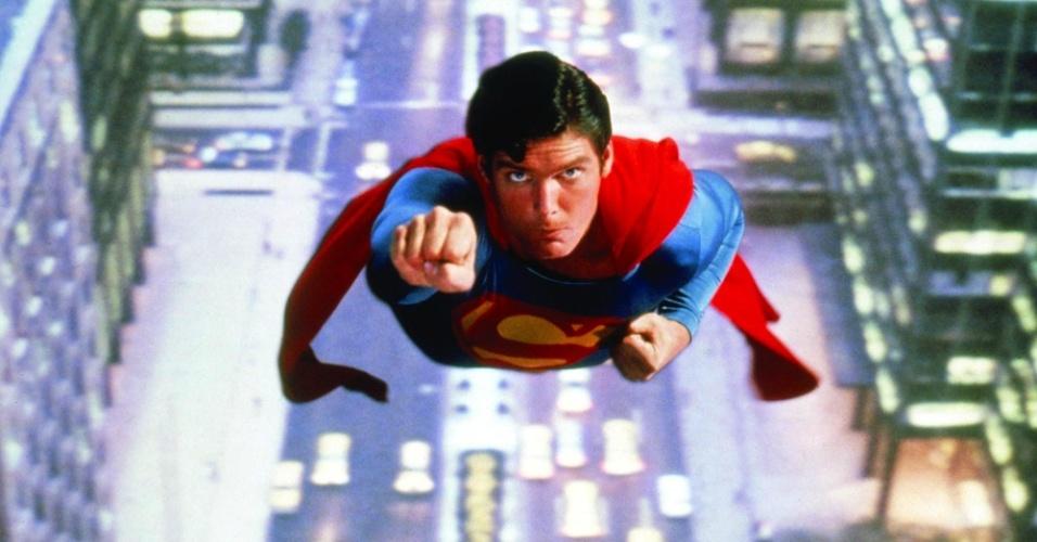 """Christopher Reeve em cena de """"Superman: O Filme"""" (1978)"""