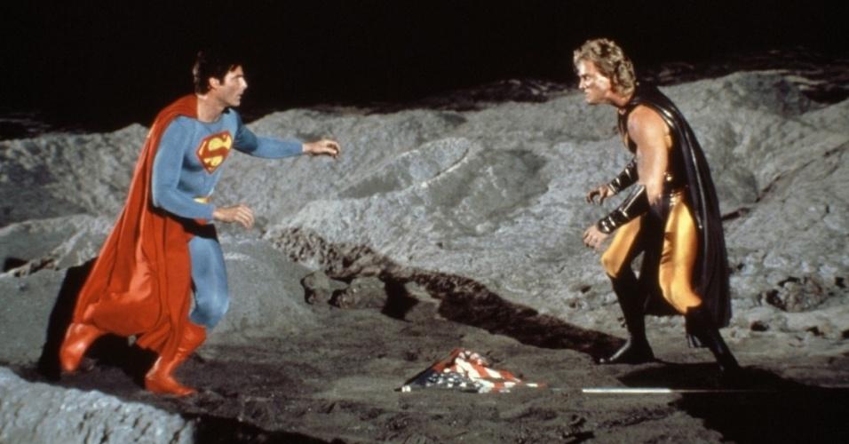 """Christopher Reeve em cena do filme """"Superman 4: Em Busca da Paz"""" (1987)"""