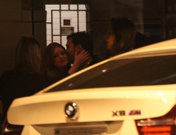 Marina Ruy Barbosa assume namoro com paulista e diz que distância é moleza